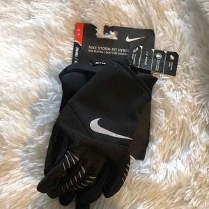 Nike storm fit hybrid run gloves small